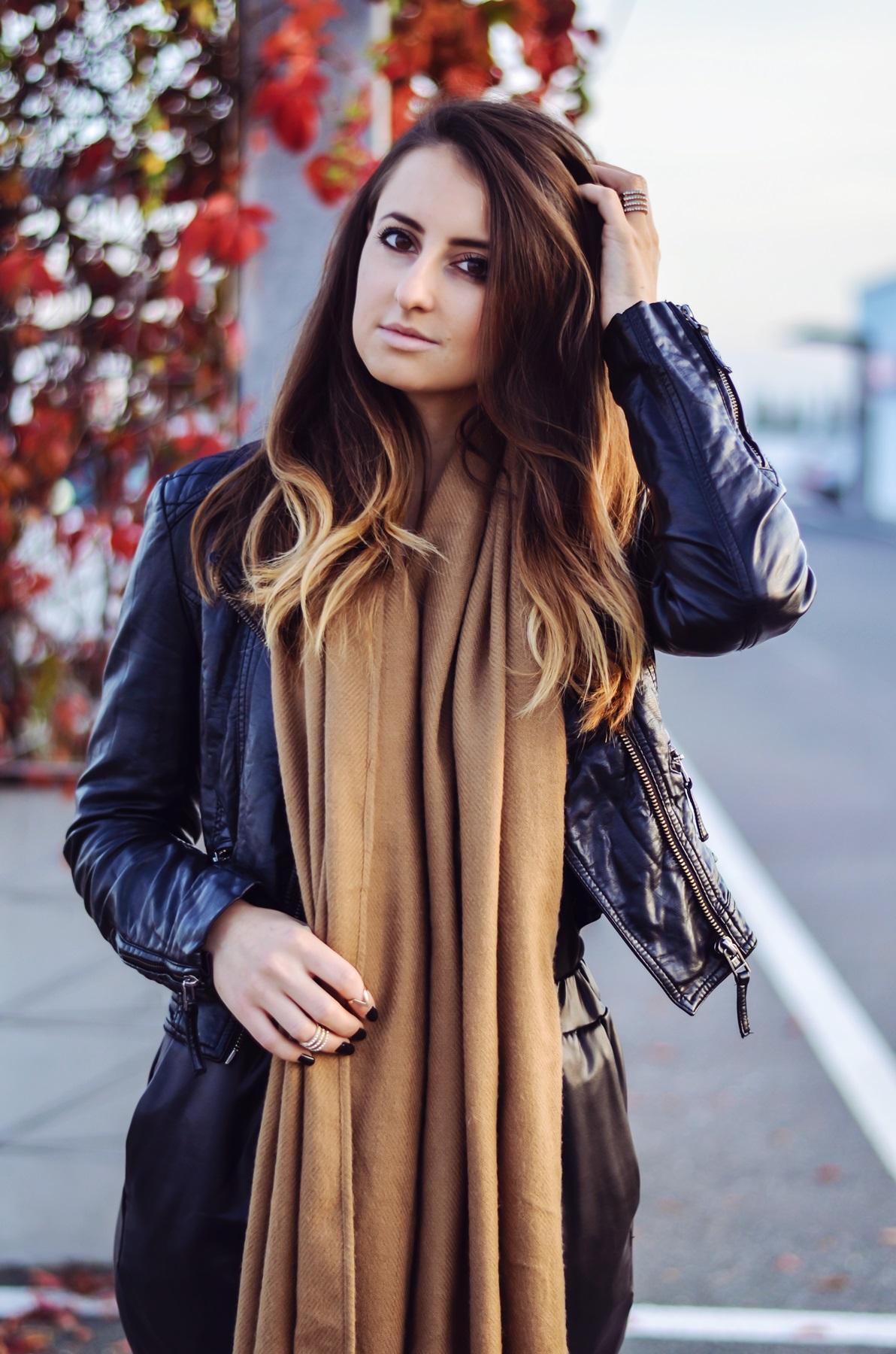 Camel scarf_taste of violet